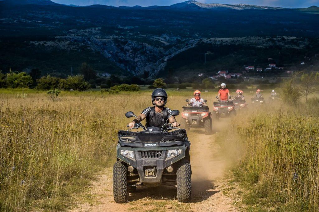 Mountain tour 12_1600x1067